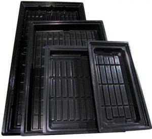 plastic plant trays